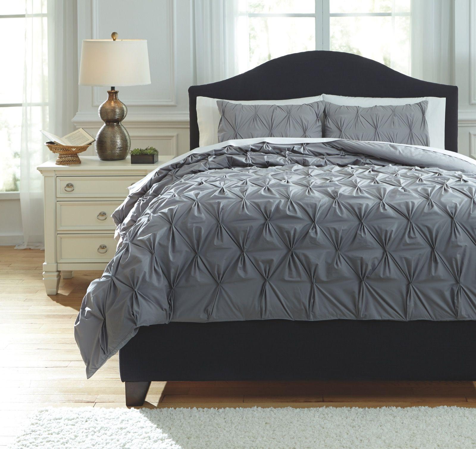 Comforter Sets Queen.Signature Design Rimy Gray Queen Comforter Set Duvets Covers